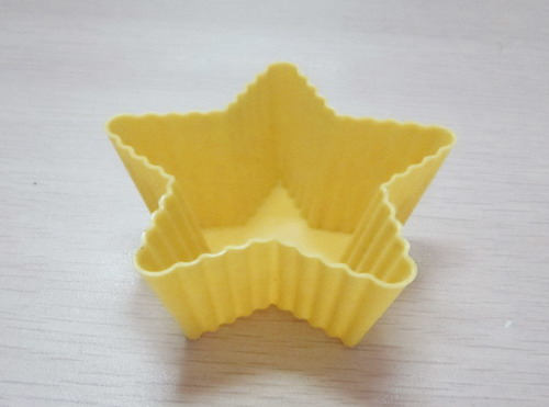 CXBC-6006	Silicone baking cup-  triangle 6pcs set