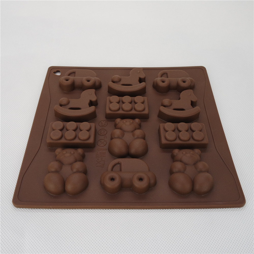 CXCH-012	Silicone Bakeware Chocolate Mould Toys 12-Cup