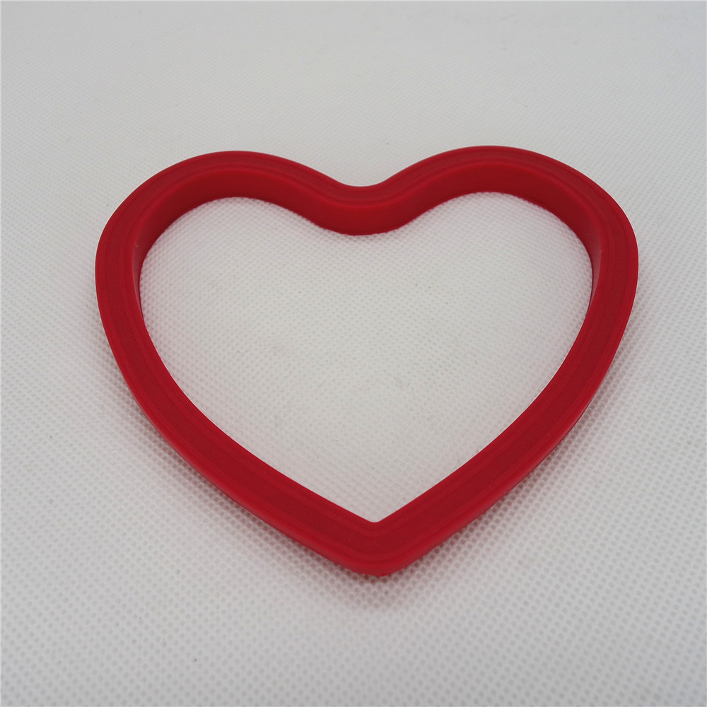 CXER-2205	Silicone Cookware Egg Ring Heart Shape